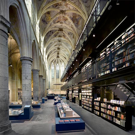 bookstore-interior-design-in-the-former-dominican-church-by-merkxgirod-1.jpg