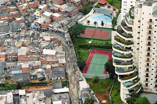 rich-vs-poor-in-rio